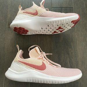 Women's size 10 light pink Nike runners